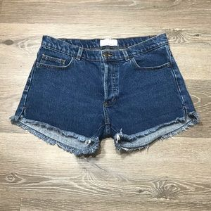 mUsT have American Apparel jean shorts size 27